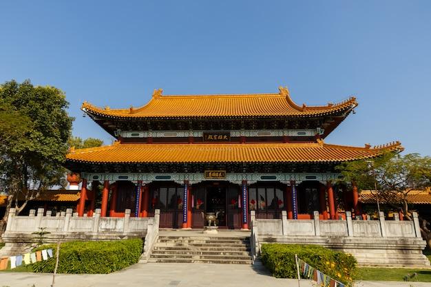 Monastero buddista cinese a lumbini