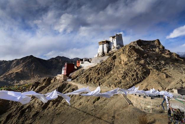 Monastero di namgyal tsemo gompa a leh ladakh, india