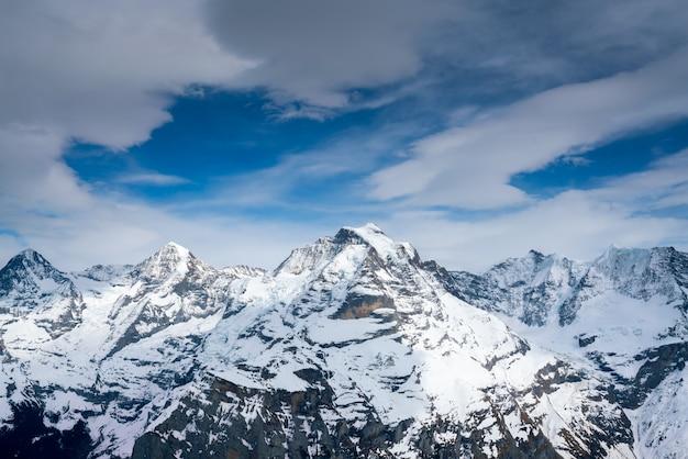 Montagna schilthorn in estate, svizzera