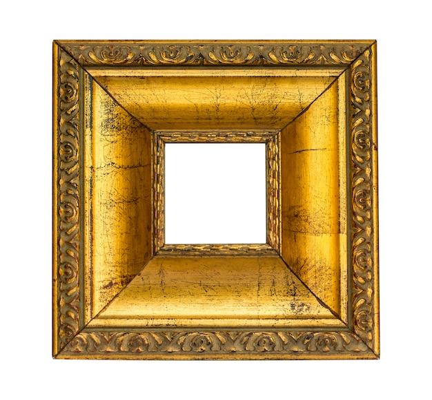 Montatura in oro su superficie bianca