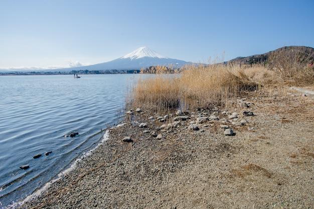 Monte fuji e grande lago giappone