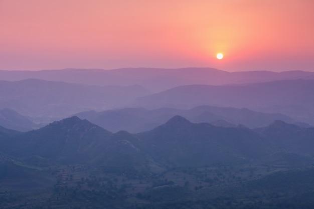 Monti aravalli, udaipur