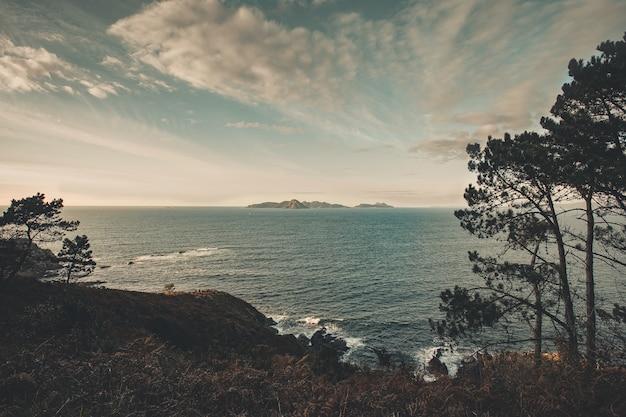 Moody isola desaturata