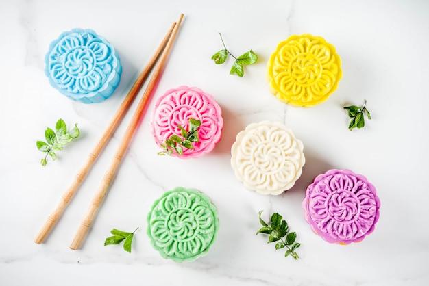 Mooncakes cinesi in pelle di neve