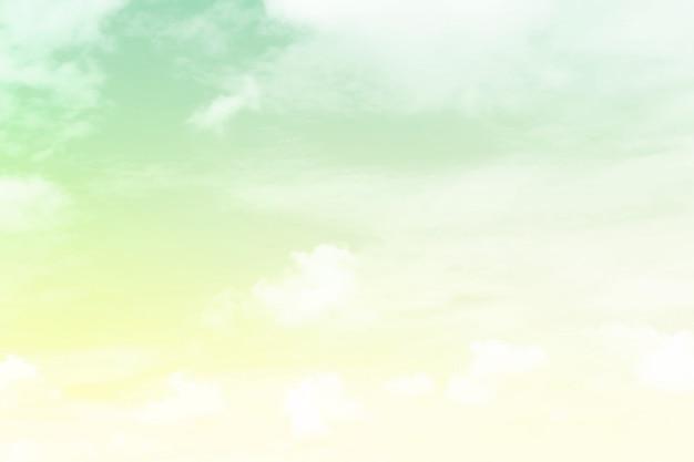 Morbido nuvoloso è gradiente pastello sfondo astratto cielo