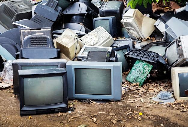 Mornitor e televisione elettronica waset