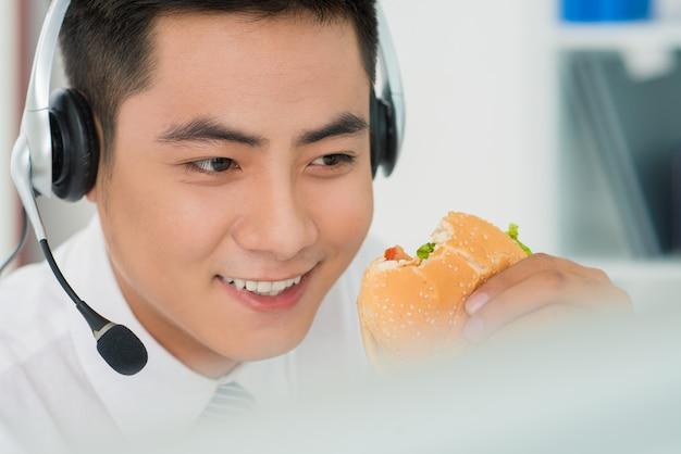 Morso di hamburger