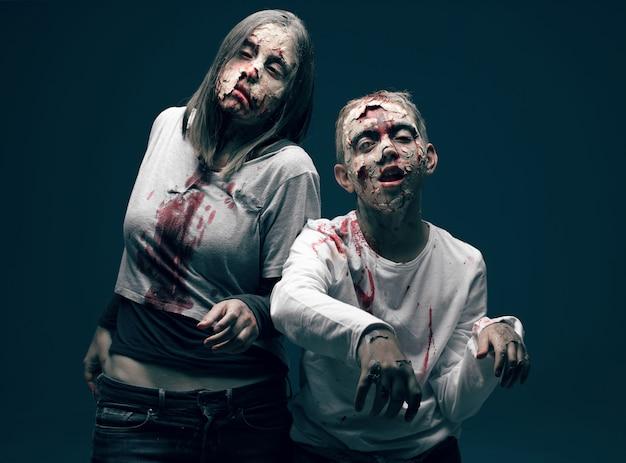 Morti e zombi morti. concetto di halloween horror
