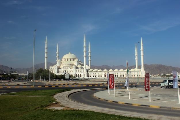 Moschea di jumeirah dubai emirati arabi uniti