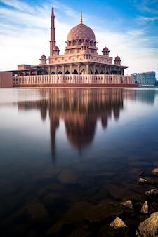 Moschea putra