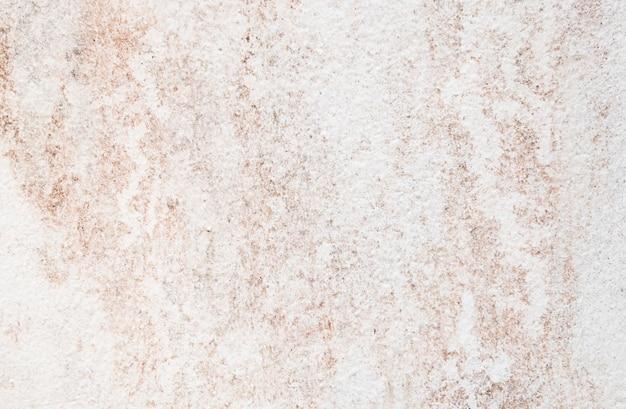 Motivo sporco coperto di superficie in cemento.