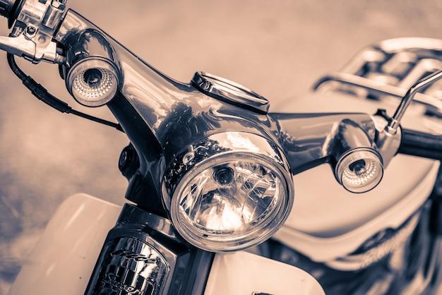 Motocicletta vintage faro