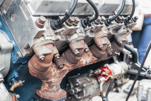 Motore a combustione interna funzionante a gasolio