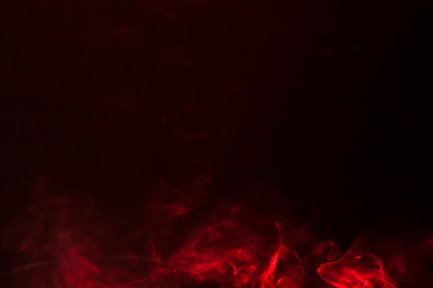 Movimento di sovrapposizione di fumo rosso con copia spazio
