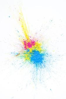 Mucchio di colori asciutti gialli, viola e blu