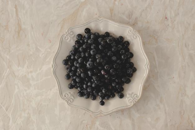 Mucchio di deliziosi frutti di bosco