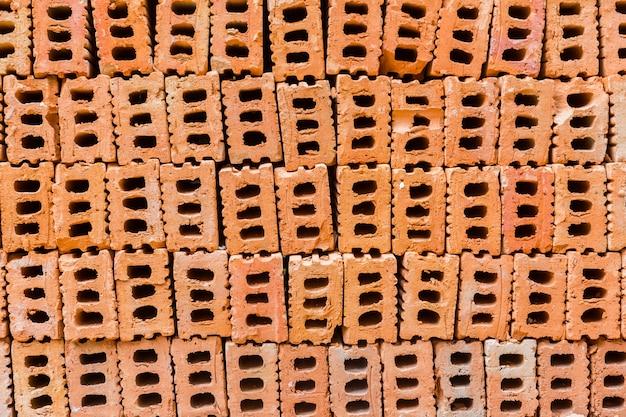 Mucchio di mattoni da costruzione