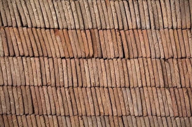 Mucchio di mattoni di fango tradizionali