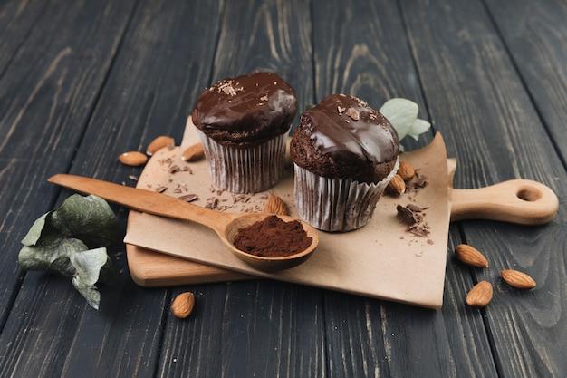 Muffin al cioccolato con vista dall'alto