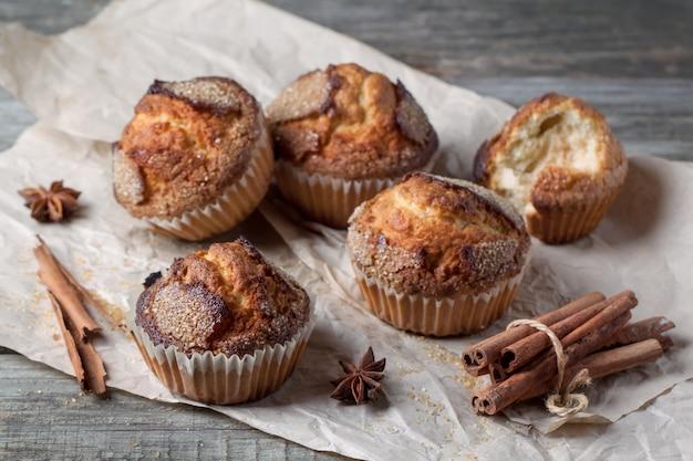 Muffin allo zucchero con cannella
