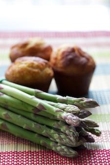 Muffin e asparagi