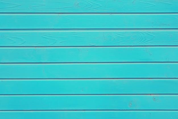 Muro blu da assi.