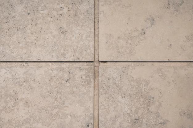 Muro di blocchi di pietra grigia