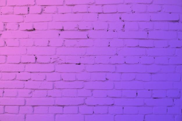 Muro di mattoni in luce al neon