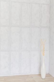 Muro grigio, interno di casa