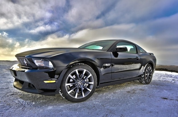 Mustang muscolare ci automobile sport car coupe ford