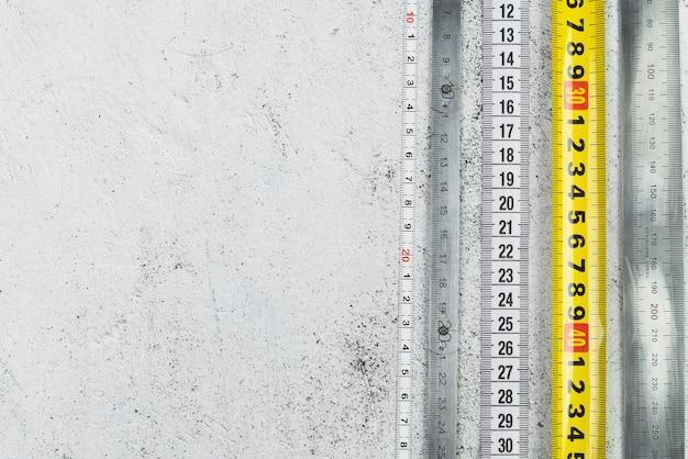 Nastri di misurazione vista dall'alto con spazio di copia