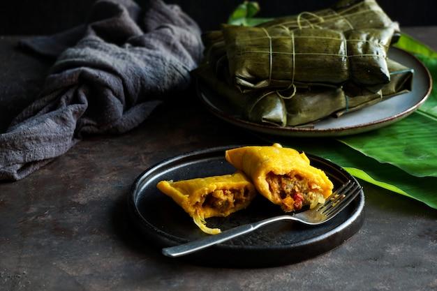 Natale venezuelano cibo, hallacas o tamales