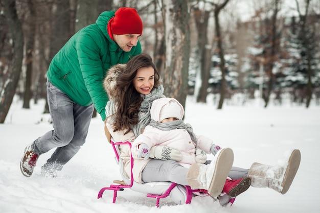 Natura camminare bambino madre neve