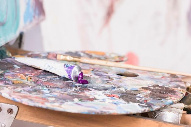 Natura morta di materiali pittorici