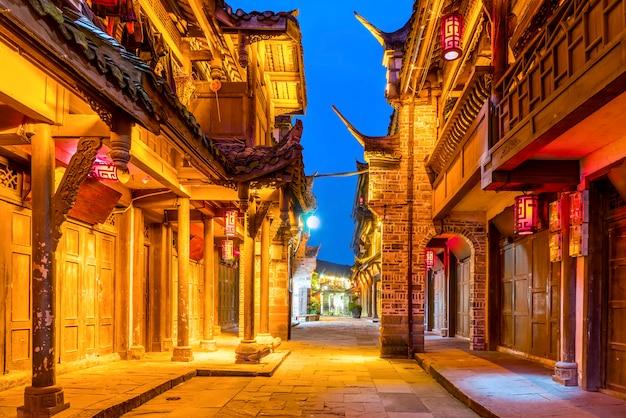 Nightscape della città antica di chengdu, provincia del sichuan, cina