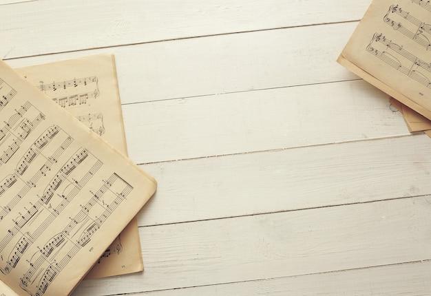 Note musicali sugli spartiti