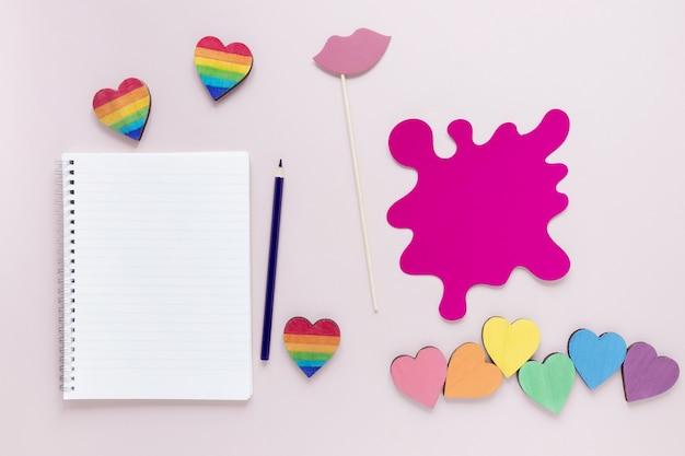 Notebook con collezione a cuore