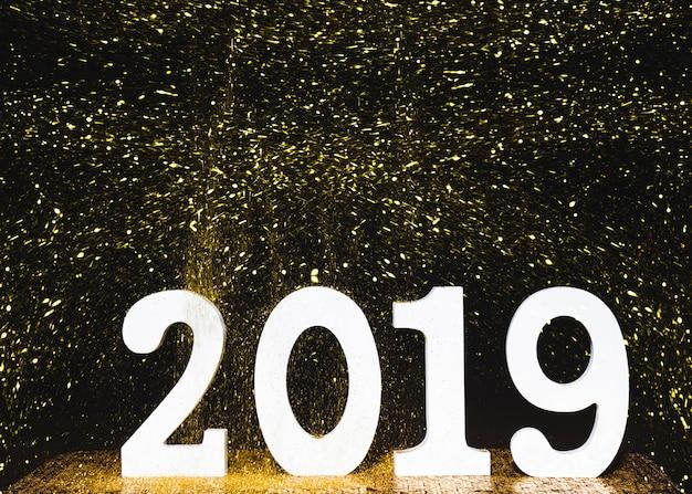 Numero di legno 2019