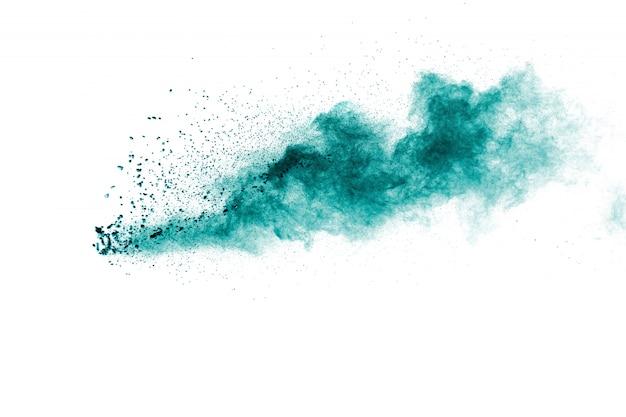 Nuvola di esplosione della polvere di colore verde su fondo bianco