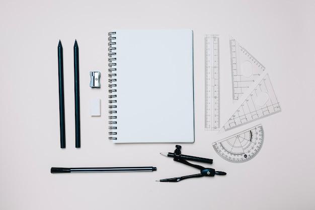 Oggetti di ingegneria organizzati per scuola