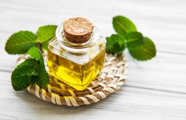 Olio aromatico essenziale alla menta