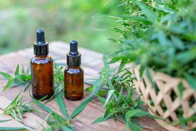 Olio di cannabis, estratto di cannabis olio di cbd, concetto di cannabis medica.