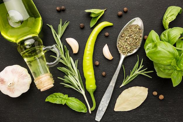 Olio e spezie per cucinare