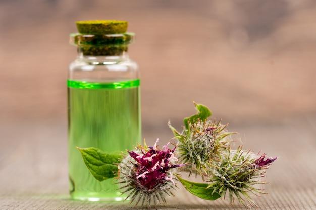 Olio essenziale di bardana, cosmetici biologici naturali