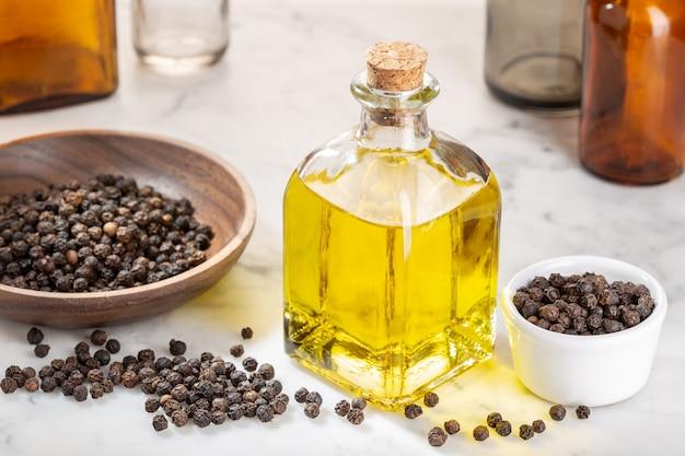 Olio essenziale di pepe nero
