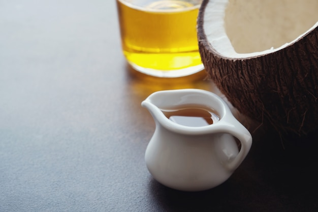 Olio mct, olio di cocco sano