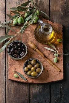 Olive con pane e olio