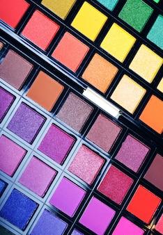 Ombretti multicolori