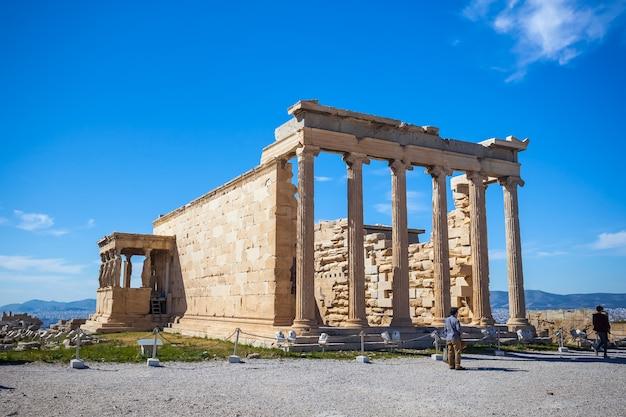 Oncropolis del tempio dell'eretteo, atene, grecia.