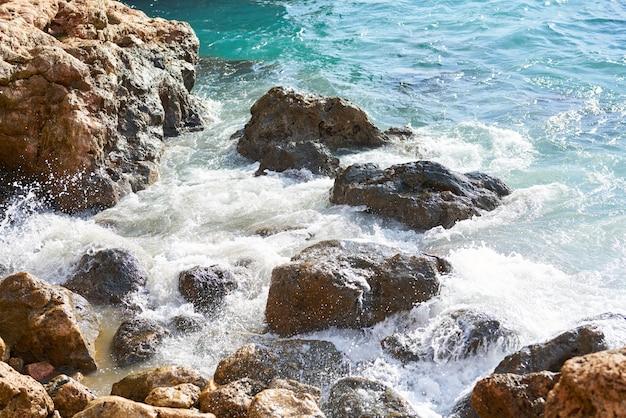 Onde e rocce